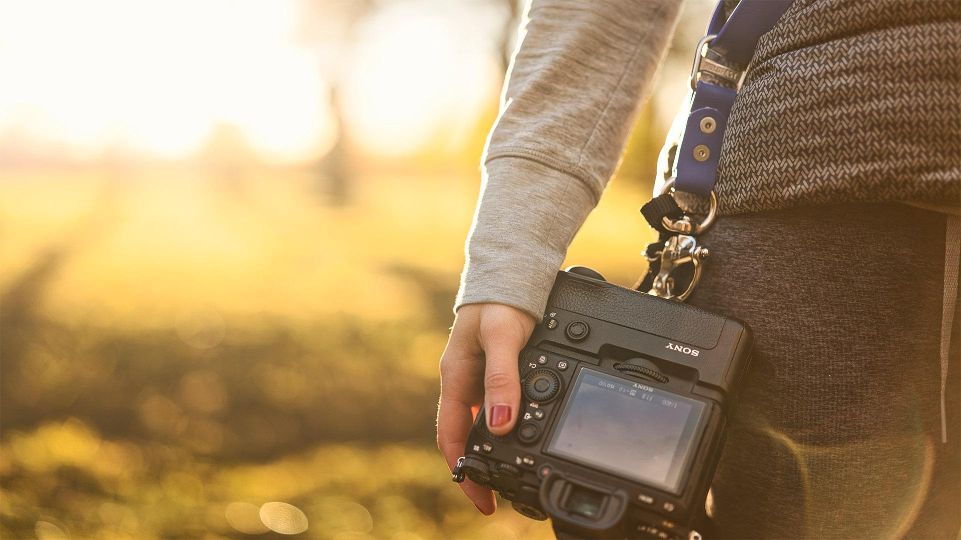 Holdfast main caméra végane